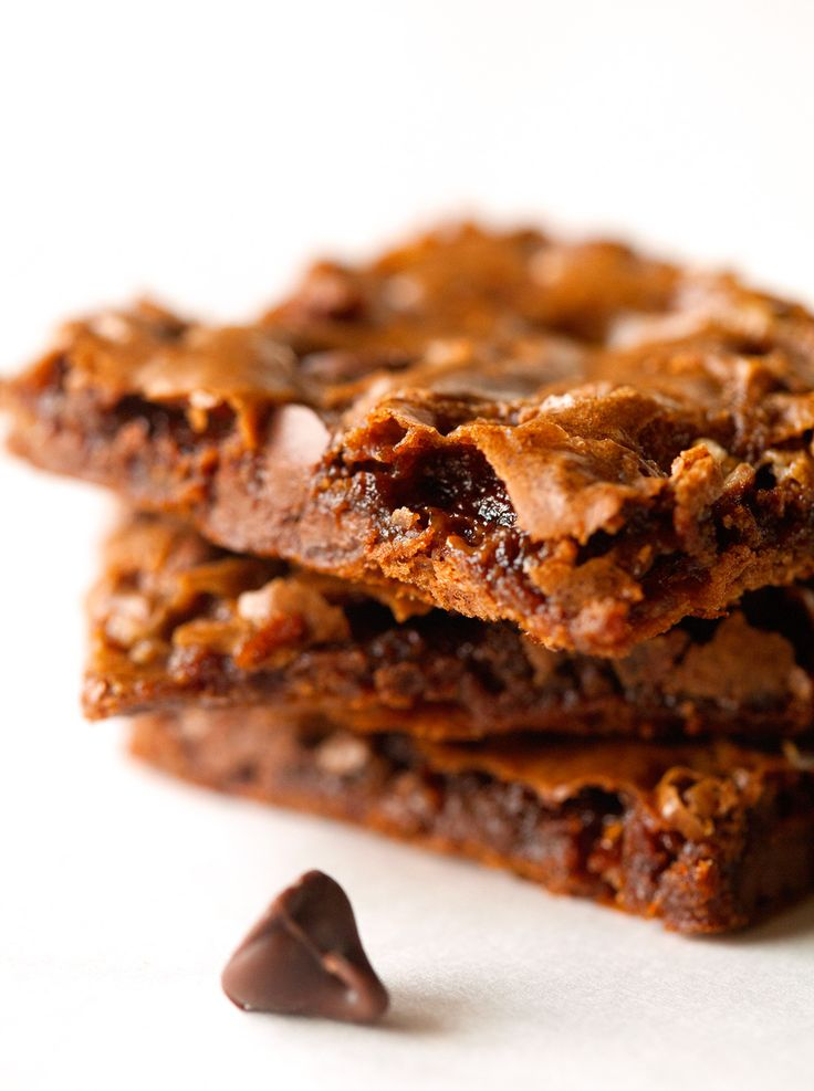 toffee-chocolate-chip-brownie-bark | Recetas vegetarianas | Pinterest
