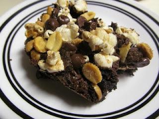 easy brownie stadium bars | indulge! | Pinterest