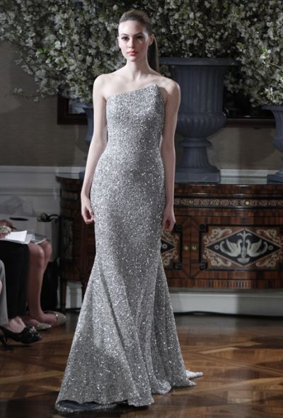 Vera wang 2013 collection robe mariage vera wang pinterest for Dresses for silver wedding anniversary