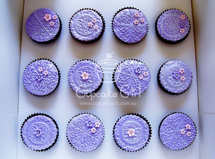 Purple Cupcakes :) No source   Color - Purple Cupcakes   Pinterest