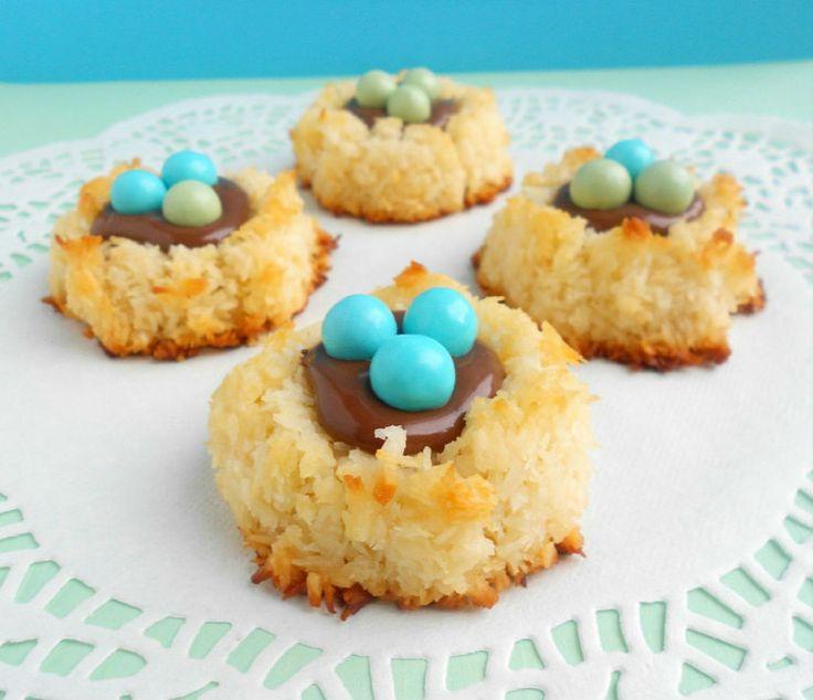 Coconut Macaroon Nutella Nests #Easter | Tis the Season | Pinterest
