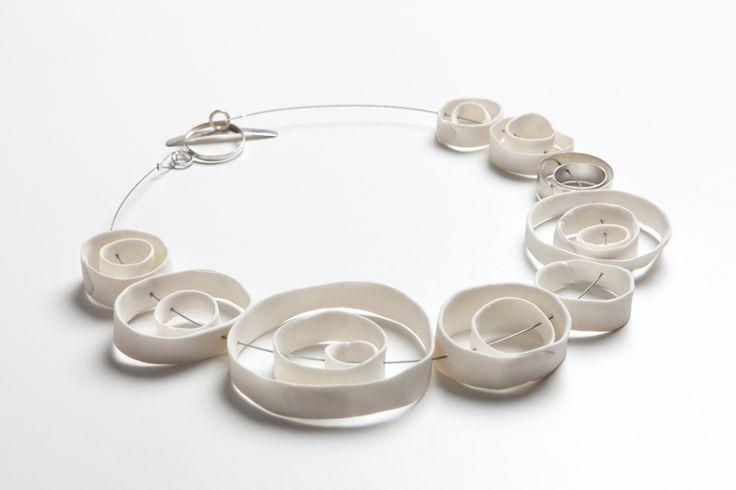 Marta Armada - collar Coleccion Australia - plata, porcelana