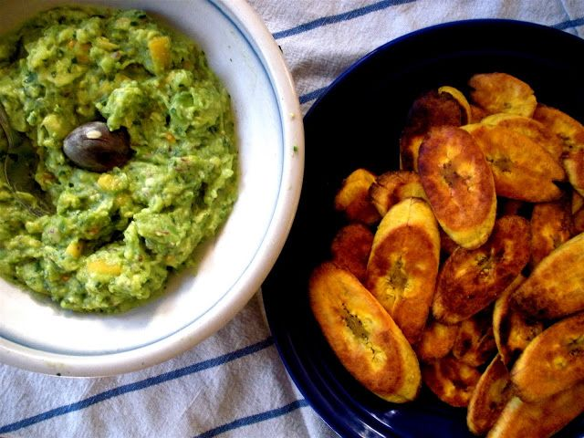 Two Blue Lemons: Tostones - Baked Plantain Chips