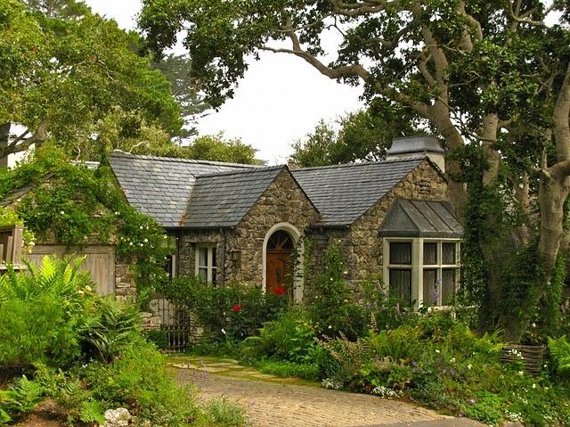 stone cottage Small HomesTrailersLogStone Cottages