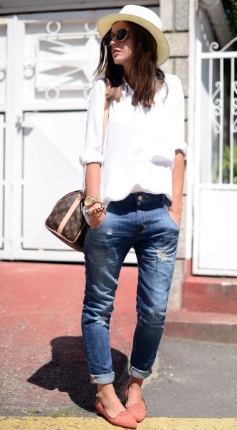 Like the boyish style. Probably will wear with a black hat and black shoes, but still perfect!