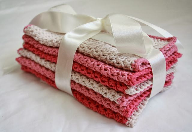 Tales from a happy house.: Christmas Gifts: Crocheted Washcloths