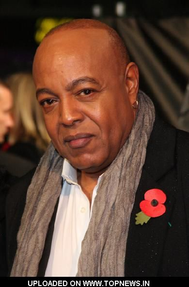 peabo bryson height