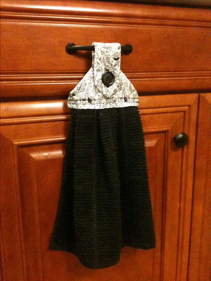 Diy hanging towel for the kitchen crafty pinterest - Hanging kitchen towel tutorial ...