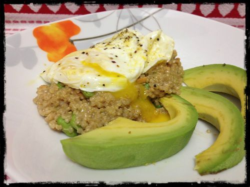 Edamame Quinoa with Avocado and Egg | HungryLittleGirl