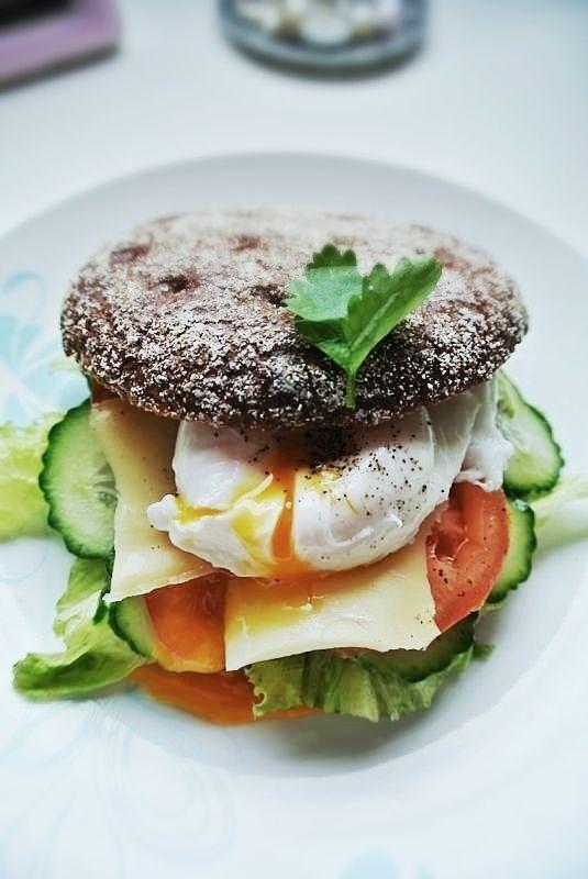 Egg Benedict on Rye Bread | Food & Recipes | 2 | Pinterest