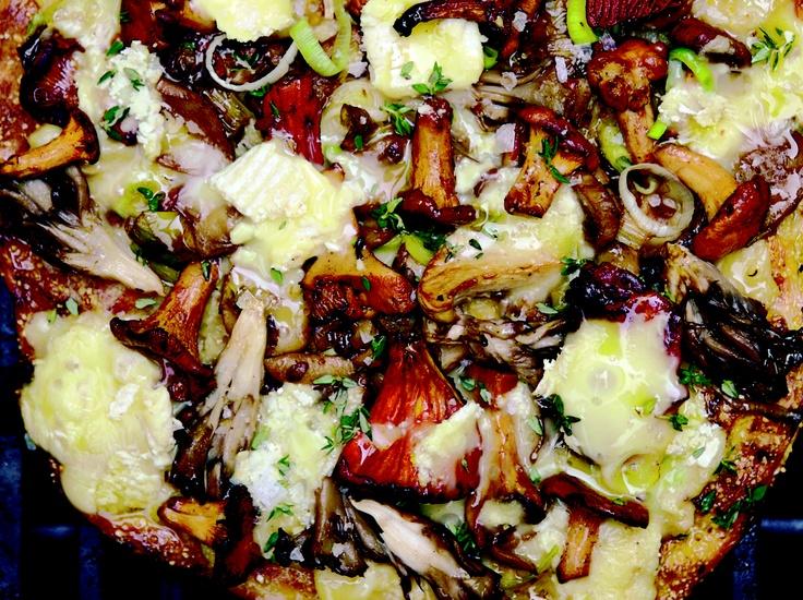 """Magic Mushroom Medley Pizza"""" from Cookstr.com #cookstr"""