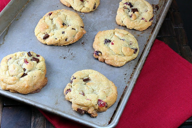 Cranberry Dark Chocolate Chip Cookies | *Cookies* | Pinterest