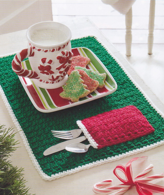 Free Crochet Patterns For Christmas Placemats : Crochet Pattern ~ CHRISTMAS POCKET PLACE MAT ~ eBay