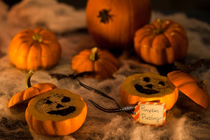 Easy Mini Pumpkin Pudding. DIY pictures, instructions + stencil to ...