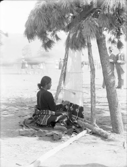 Navajo weaver - 1901