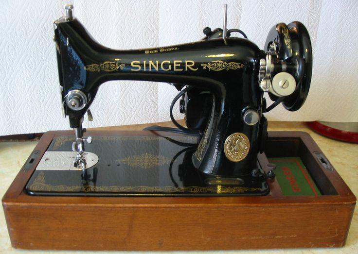 singer sewing machine 1950s
