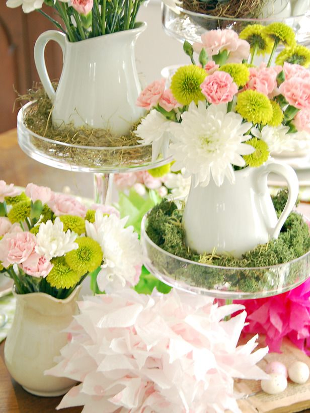 Easter Brunch Centerpiece Idea - Simple, Fresh, and Cute!