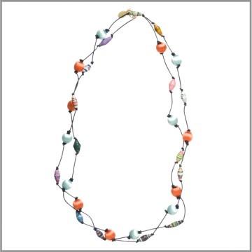 Amanda Pearl Bead4life & Silk Thread Bead on leather necklace