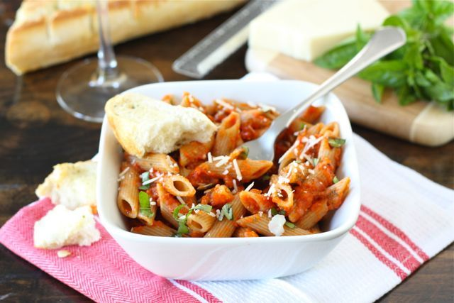 pasta with roasted red pepper tomato sauce @twopeasandpod