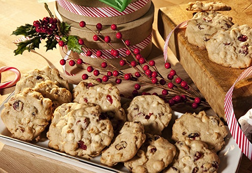 These festive white chocolate, cranberry and macadamia nut cookies are ...