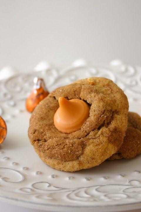 Bakergirl: Pumpkin Spice Kiss Gingerdoodle Blossoms. Gotta try making ...