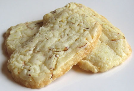 Almond-Orange Shortbread cookies | Sweet treats | Pinterest