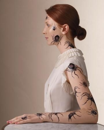 Make your own temporary tattoos for Halloween.