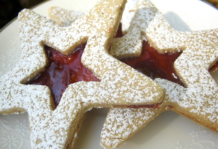 Raspberry Linzer Stars 13 Count Christmas Holiday Cookies All Natural ...