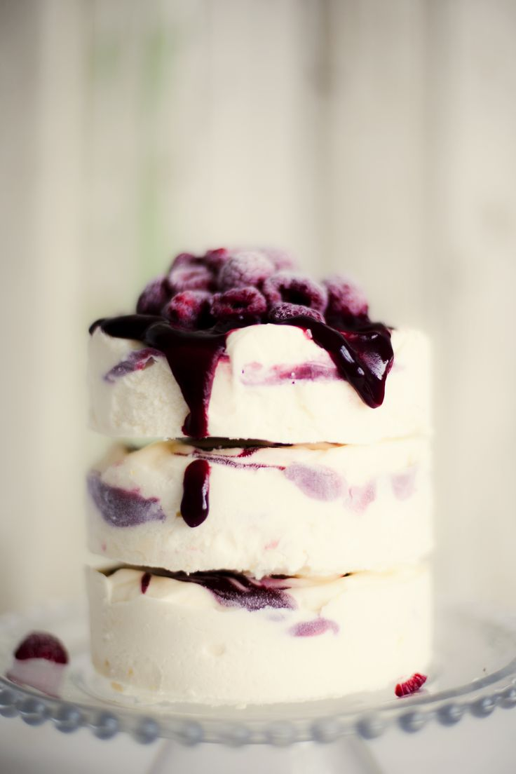 Lemon Ice Cream Cake with Raspberry Ripple (translator)
