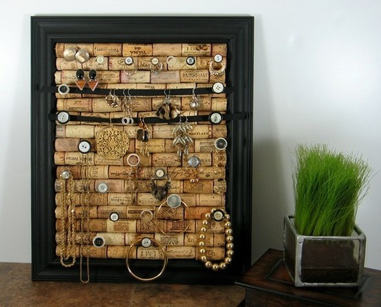 Wine cork jewelry board my dream crib pinterest for Cool things to do with wine corks