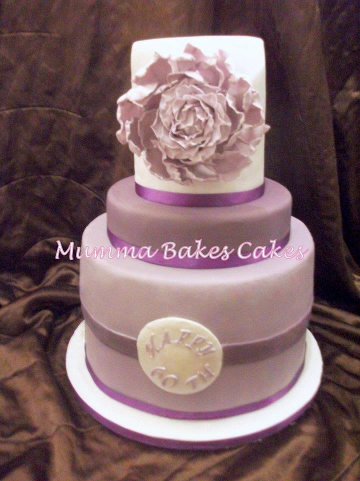 60th Birthday Cake (moms fave color)  cake inspiration  Pinterest