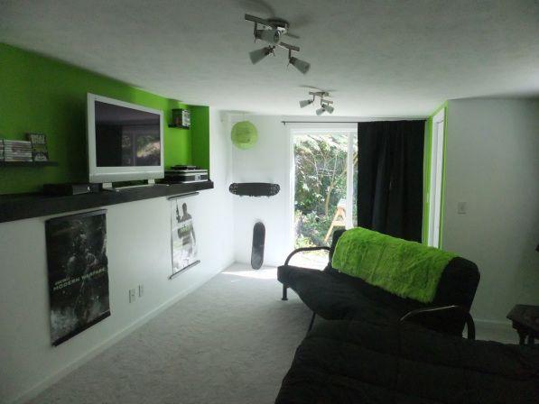 Xbox-theme Living room   Decorating   Pinterest