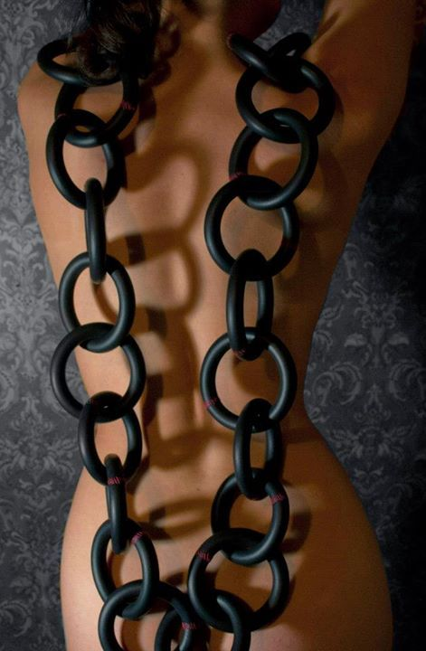 "2012 Necklace's -Tineke Maree Jansen (Auckland)  - ""Chain reaction"""
