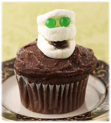 mummy cupcakes | Halloween | Pinterest