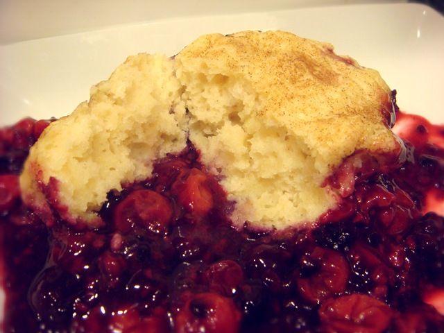 Cherry Blackberry (or Raspberry) Cobbler | Eat [ Dessert ] | Pinterest