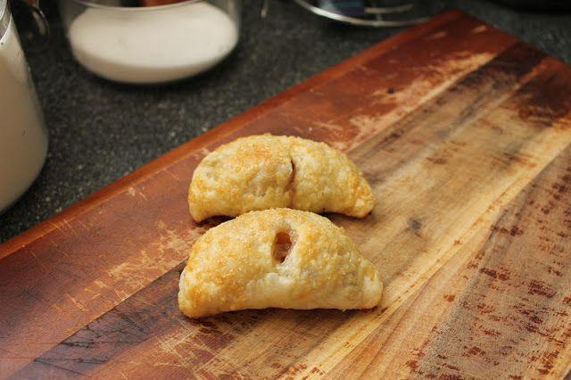 CPA: Certified Pastry Aficionado: Bourbon Peach Hand Pies