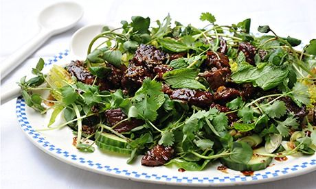 How to make a barbecued beef salad