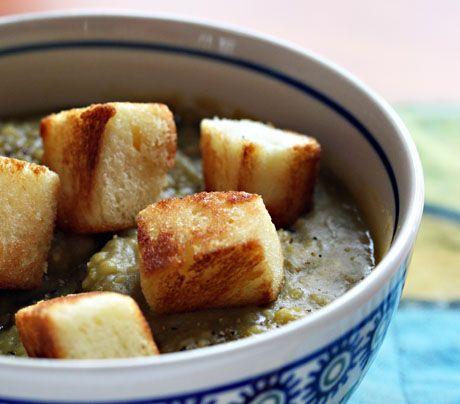 Split peas (Recipe: vegan split pea soup with challah croutons) {The ...