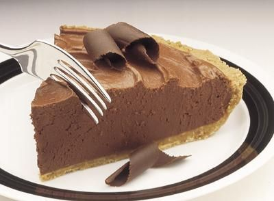 No bake chocolate cheesecake... was more like pie than cheesecake! i ...
