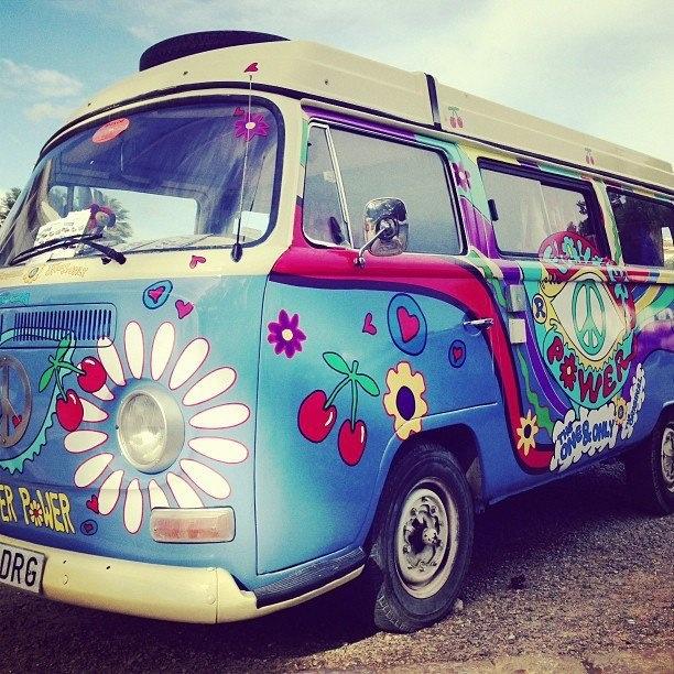 vw hippie bus automotive pinterest. Black Bedroom Furniture Sets. Home Design Ideas