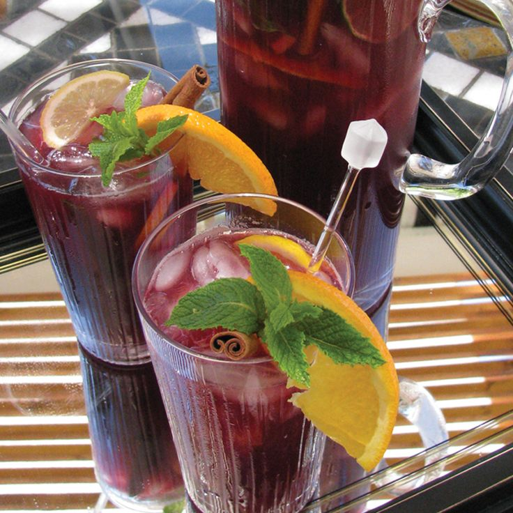 Classic Spanish Sangria (I wonder it really is. I miss the stuff I had ...