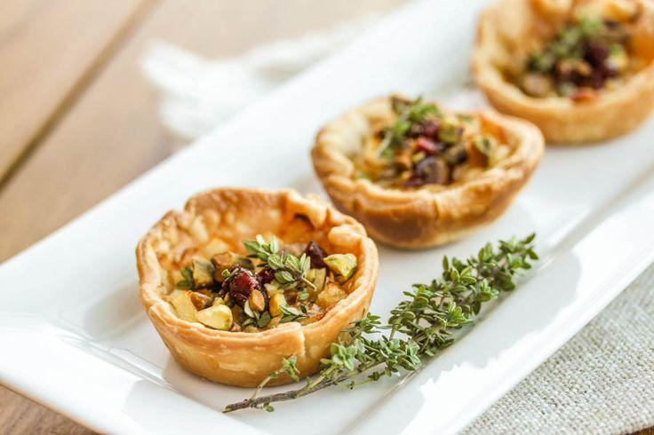 Savory Apple and Gruyere Tart   Food.Drinks   Pinterest