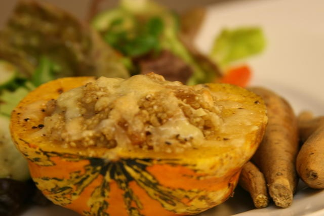Quinoa Stuffed Carnival Squash | Yummy | Pinterest
