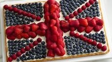 Union Jack Fruit Pizza Love this with a lemon curd filling on bottom ...