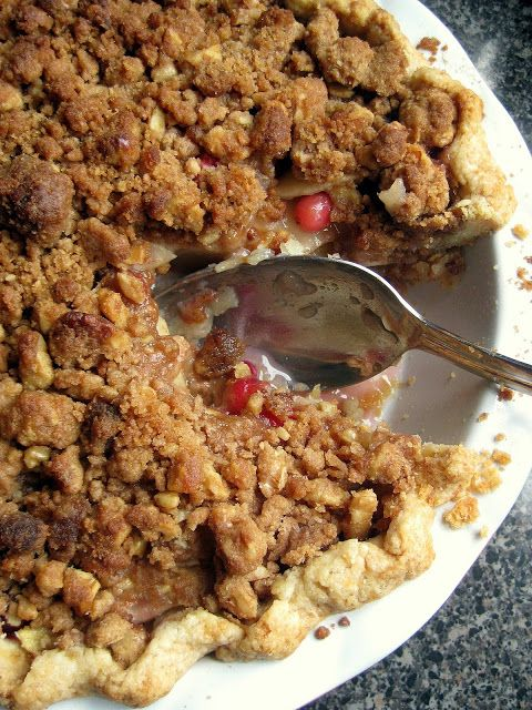 Winter Fruit Pie with Walnut Crumble | Pies, Quiche and Pie Crusts ...