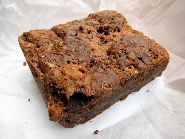 Butterfinger Brownie | Mmm...it's what's for dinner | Pinterest