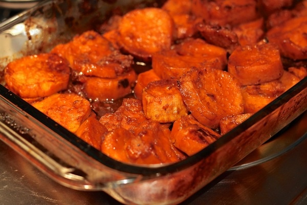 how to cook yams with marshmallows and brown sugar
