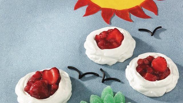 Strawberry-Rhubarb Meringue Clouds | meringues | Pinterest