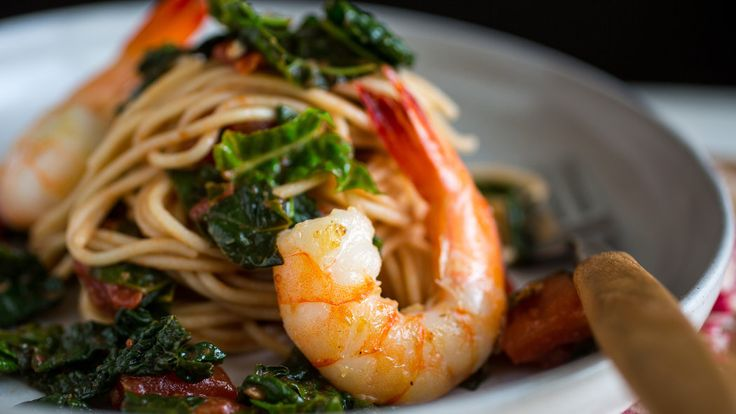 #GlutenFree Spaghetti With Shrimp, Kale and Tomatoes. #nomnom!