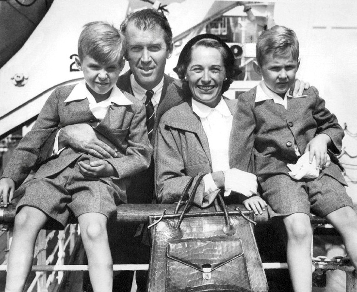 Jimmy Stewart with family, circa 1950   James Stewart ...